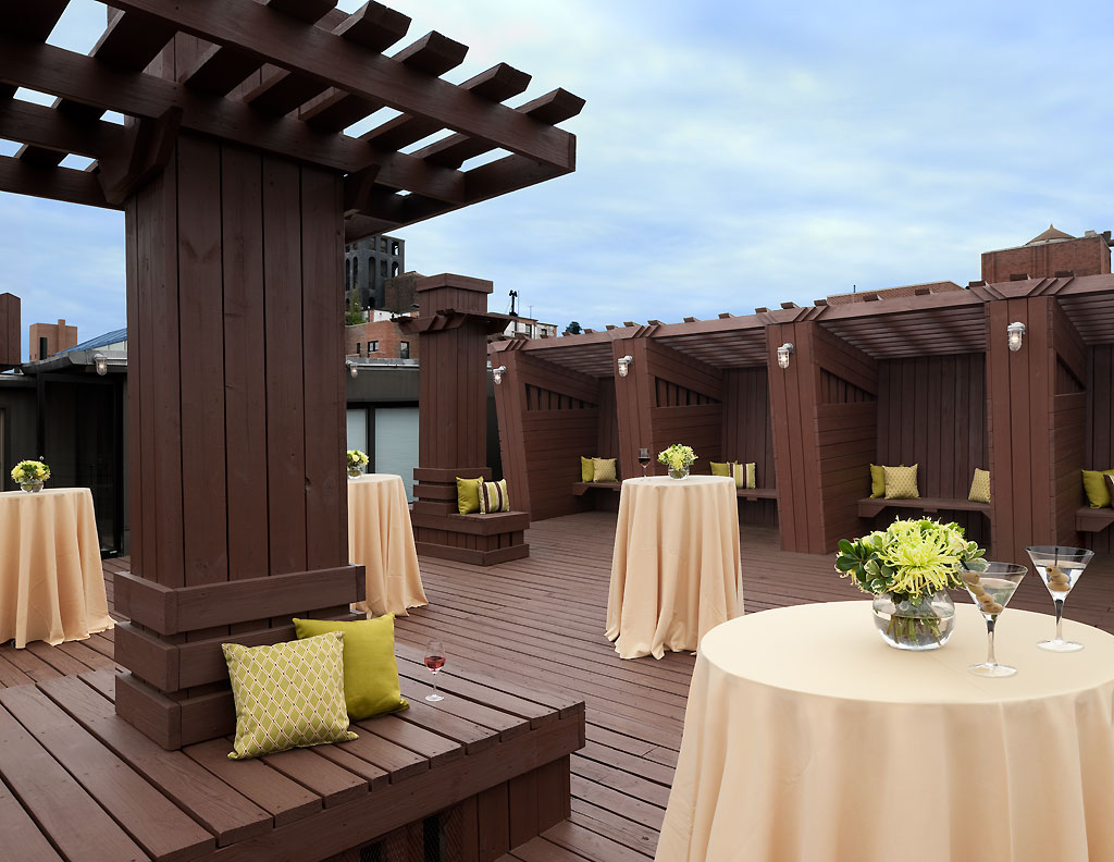The Lucerne Hotel - Rooftop